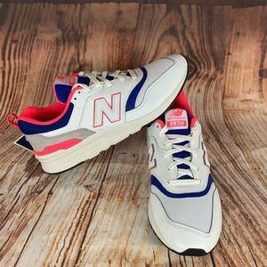 New Balance White, Pink & Blue Unisex Sz: 10.5